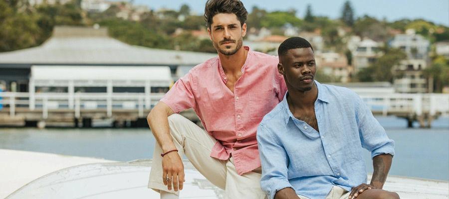 La camicia di lino: l'essenziale in vacanza
